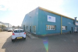 Light Industrial Business Unit to Rent