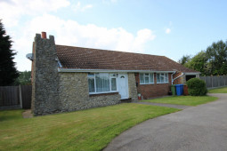 3 Bedroom Detached Bungalow with 0.5 acre Land