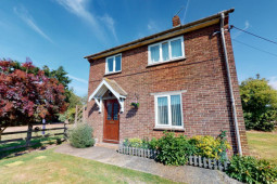 Three Bedroom Detached House With Planning Permission For Extension